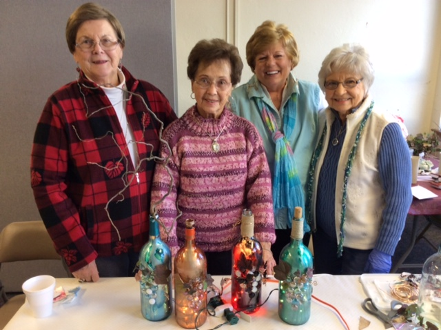 photo 2015 craft time wine bottle painting January